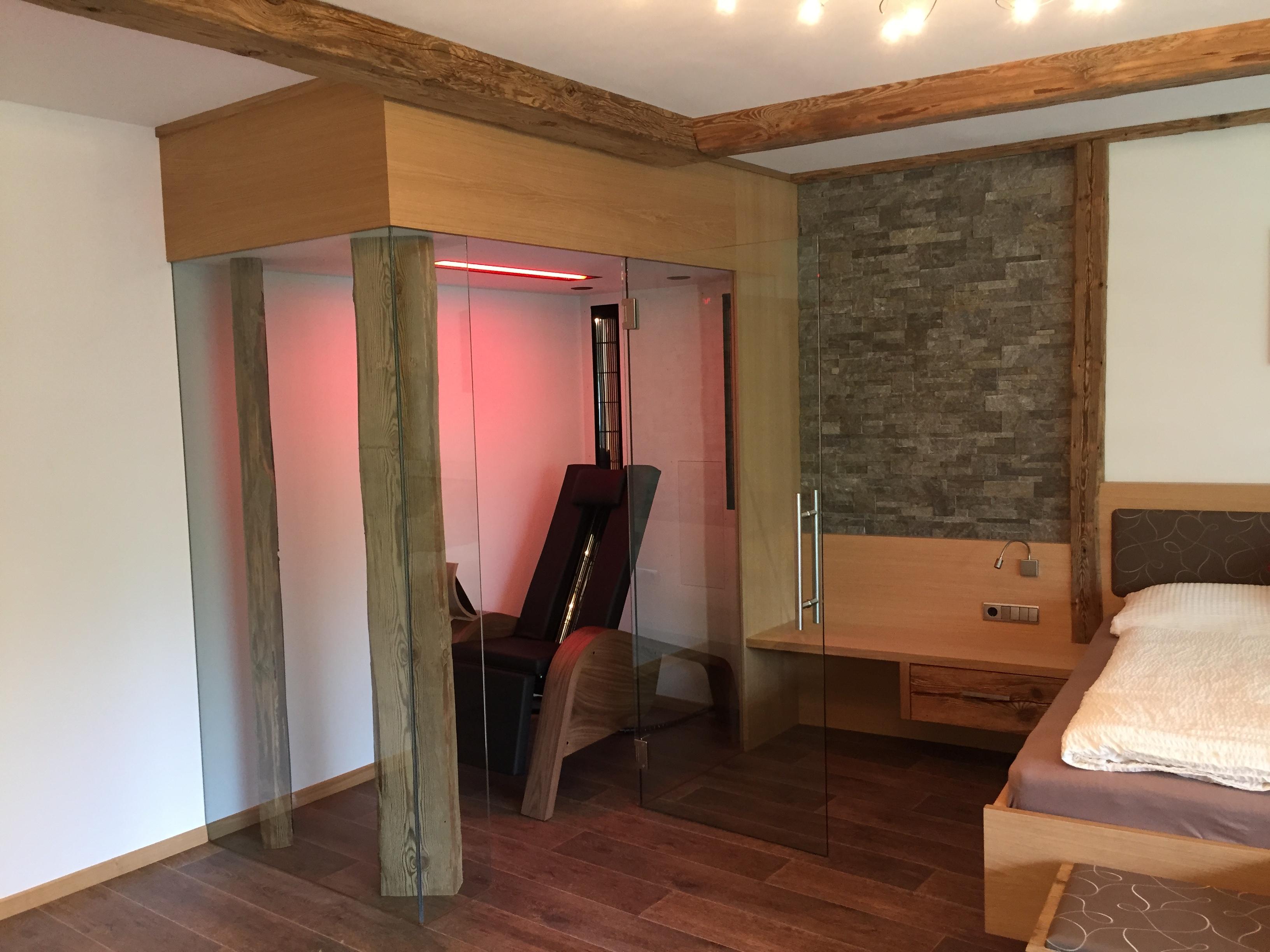 sauna infrarossi sdraiata su misura ristrutturazione casa - effetto vita
